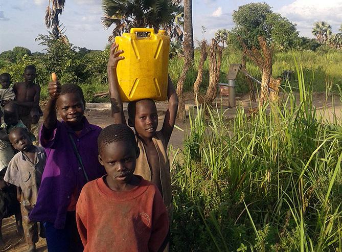 Projekt Sauberes Wasser Ostafrika